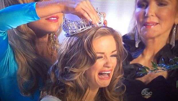 miss georgia crown miss america face cry