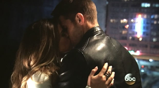 jojo luke kiss bachelorette