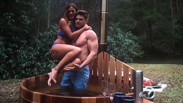 luke jojo hot tub bachelorette
