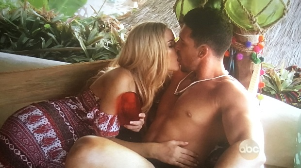 amanda josh make out bachelor in paradise