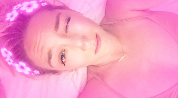 sam jarvis pink snapchat filter