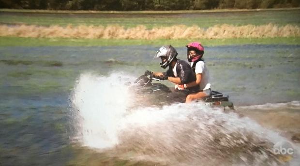 redneck-jet-skiing