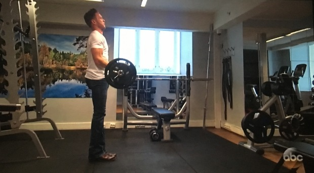 lee lifting in cowboy boots
